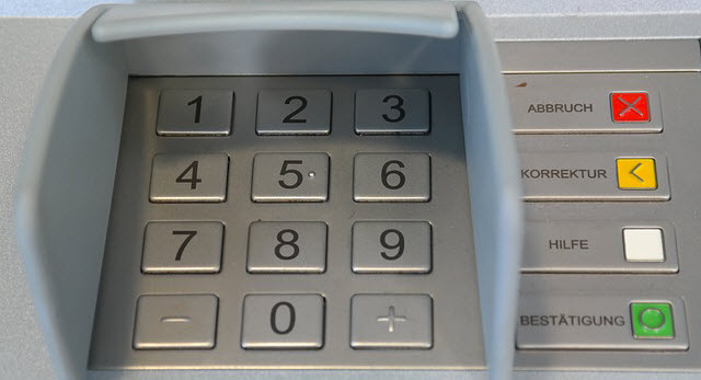 How-to-Protect-Yourself-from-ATM-Skimming_tips_security